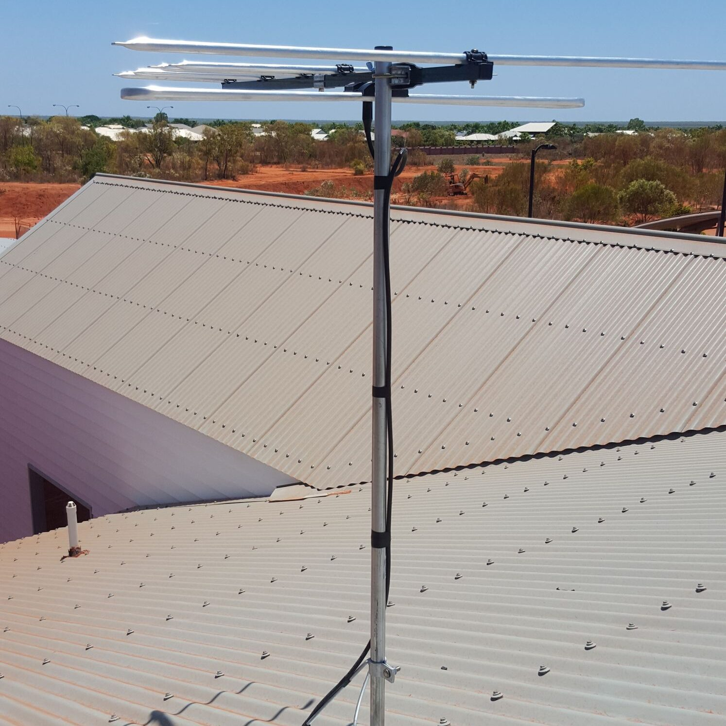 New Broome RFDS building Antenna system